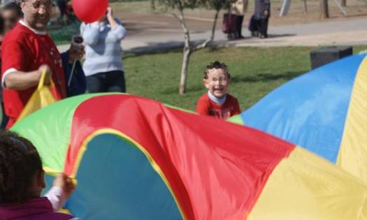juegos gigantes cooperativos: paracaidas